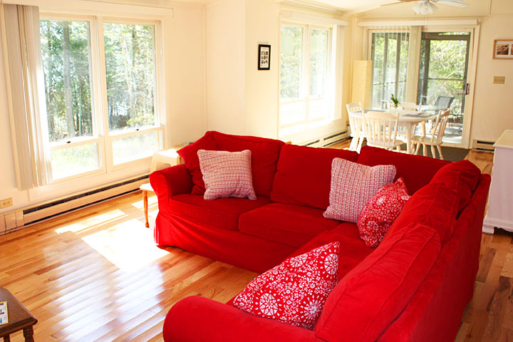 Door county vacation cabin living room